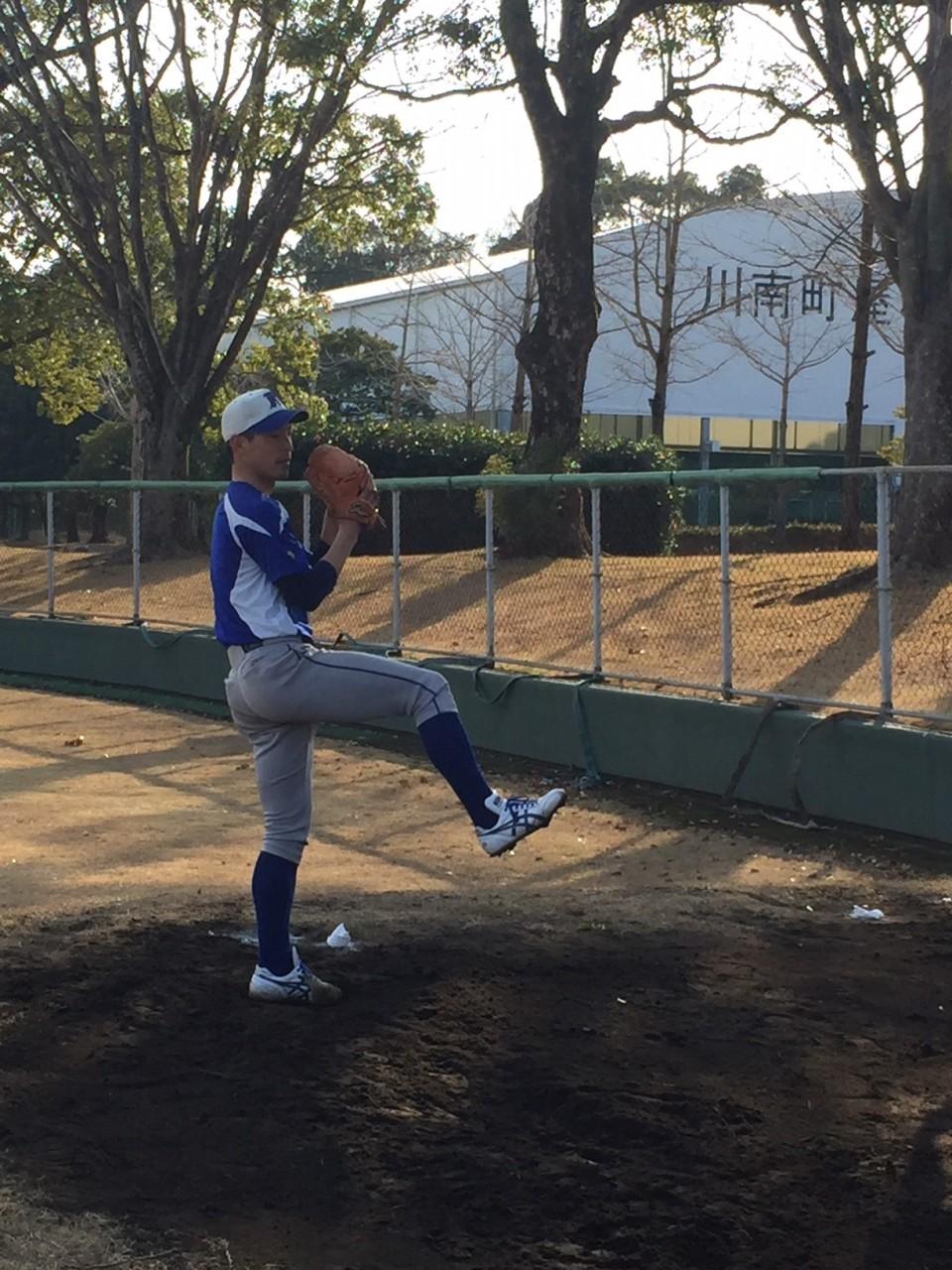 嶋田選手ピッチング