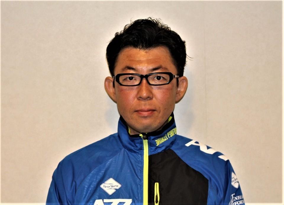 飯田トレーナー (2)